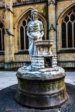 Monument to water - Bath